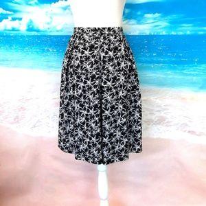 LulaRoe Madison Skirt Black & White Size L 12/14
